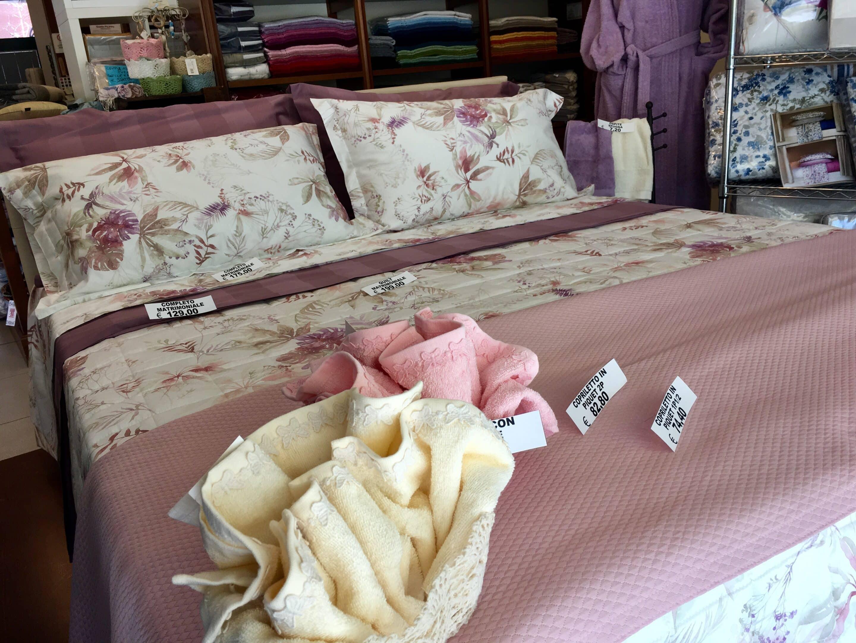 Tessuti tendaggi bologna casalecchio di reno stoffe - Biancheria da letto bologna ...